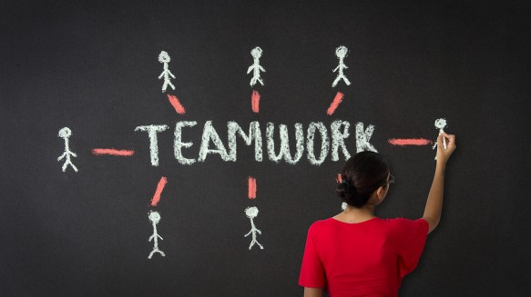 bigstock-Teamwork-Diagram-42986869-583x327