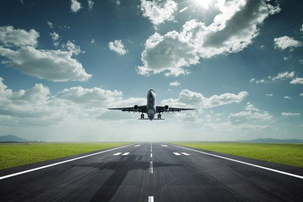 commercial-airplane-taking-off-and-high-resolution_227318