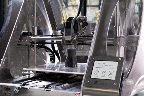 zmorph-multitool-3d-printer-UqCCSbAIaDU-unsplash (1) (1)